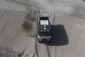 "Dakar is ""destroying"" teams in 5th stage as well"